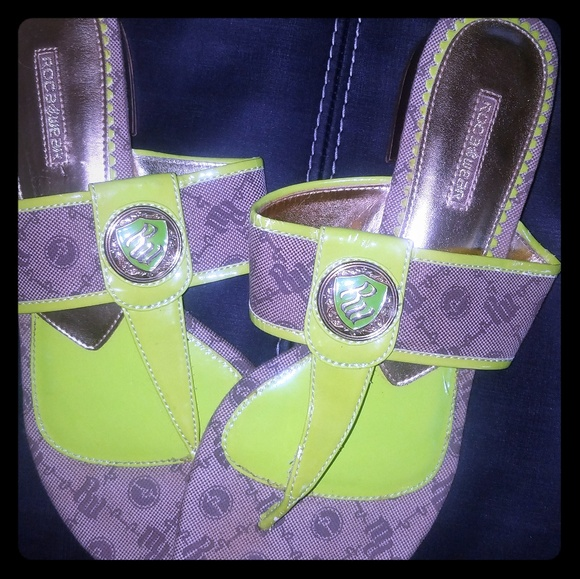 Rocawear Shoes - Women's vintage Rocawear sandals